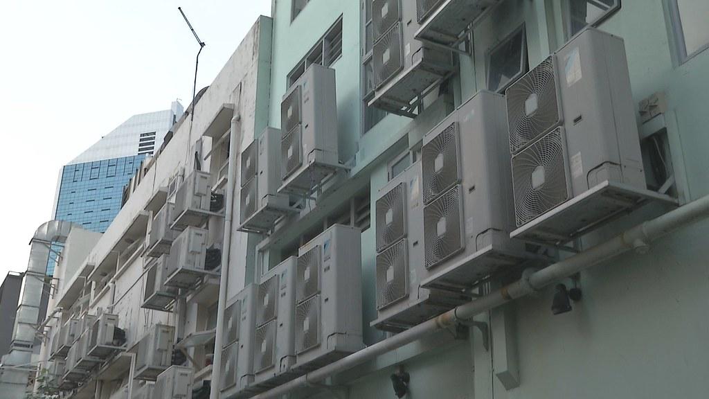 920-1-10 空調一直是台灣尖峰用電主要來源,夏季尖峰用電比起其他季節高出了25%。