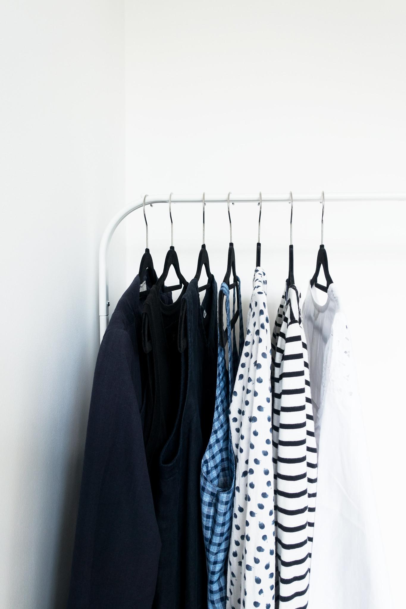 A Minimalist Summer Wardrobe