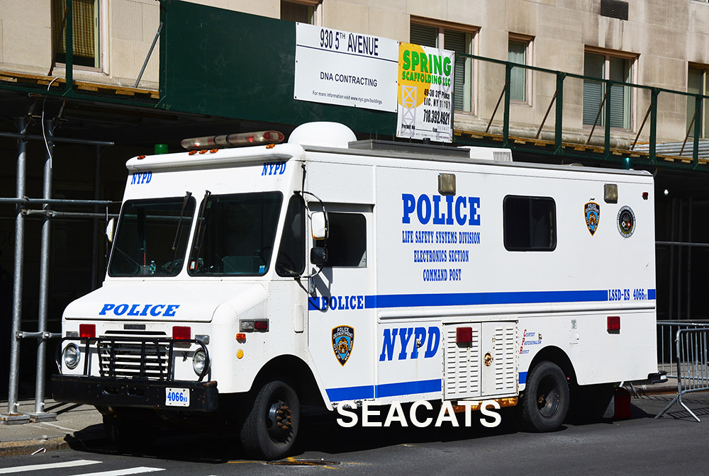 new york police department  nypd  1993 step van life safet