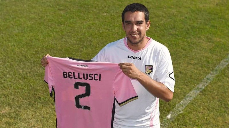 Un sorridente Beppe Bellusci in versione rosanero