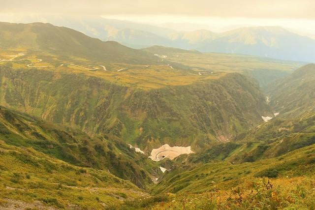 弥陀ヶ原と断崖絶壁