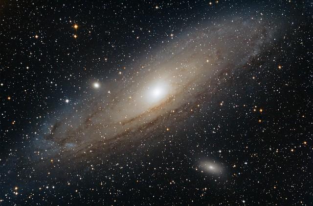 VCSE - Androméda-galaxis - Majoros Attila