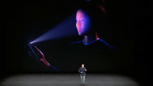 iPhone X   pakeis VISUS išmaniuosius telefonus!