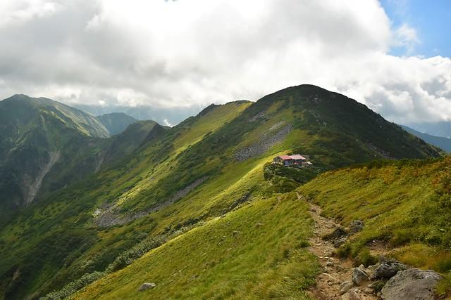 大日岳から奥大日岳に至る稜線