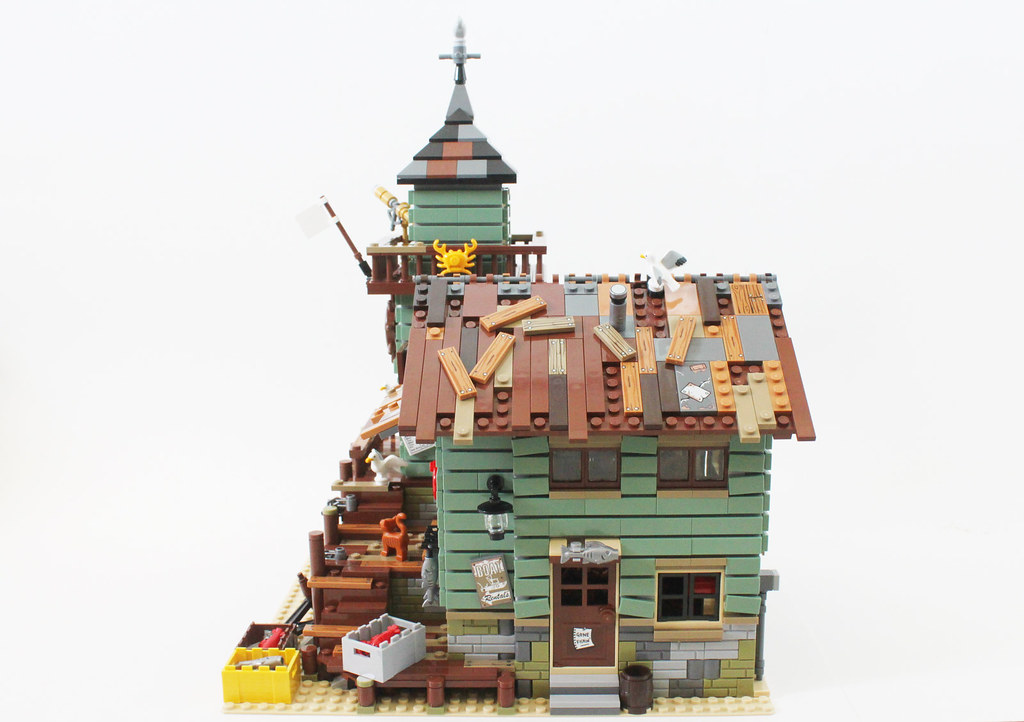 LEGO Ideas Old Fishing Store (21310) | Read more here: www.t… | Flickr