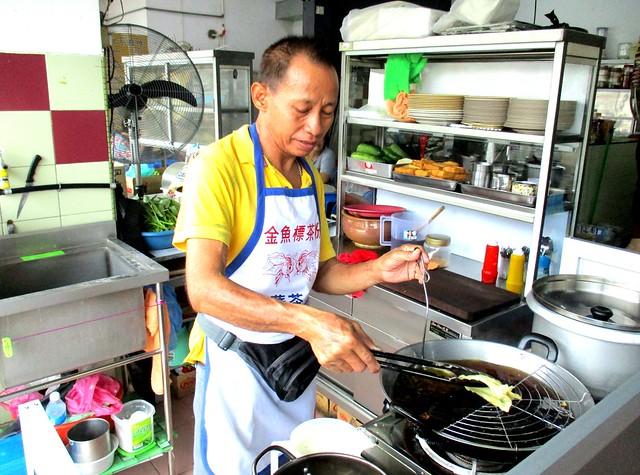 Sotong kangkong guy