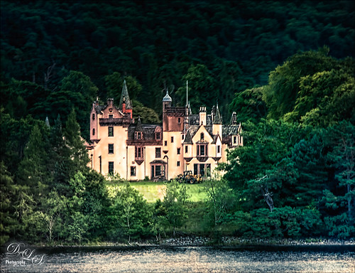 Image of a Scottish Highland mansion