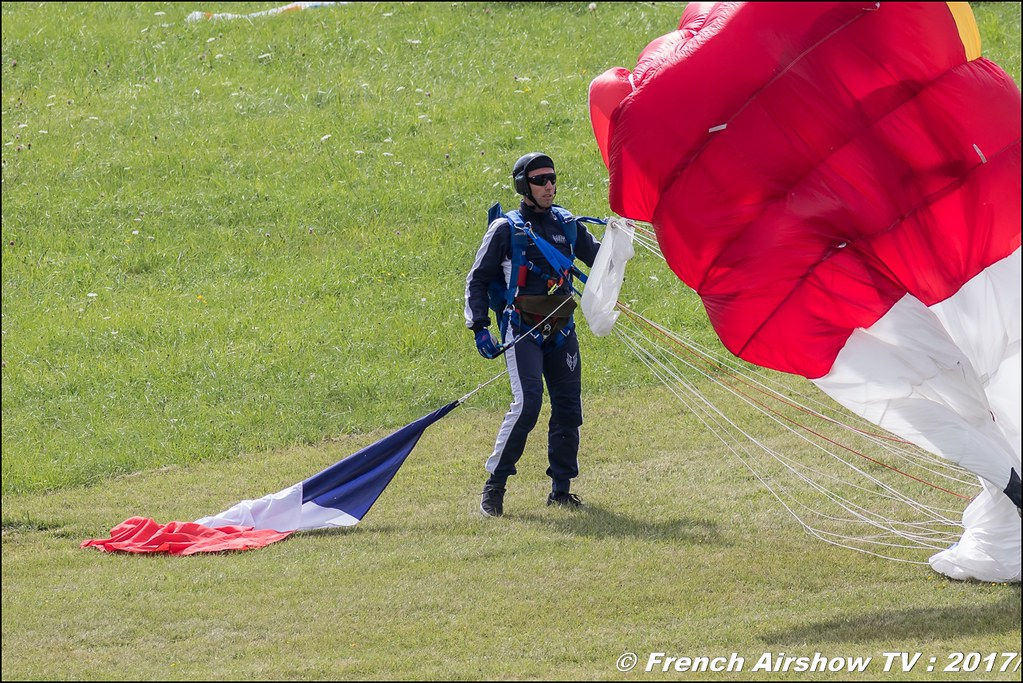 Ambassadeurs parachutistes de l'armée de l'air , JPO Aurillac 2017 , Meeting Aerien Aeroclub du cantal 2017