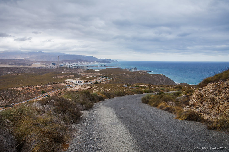 Carboneras y su costa desde la carretera del faro de Mesa Roldán