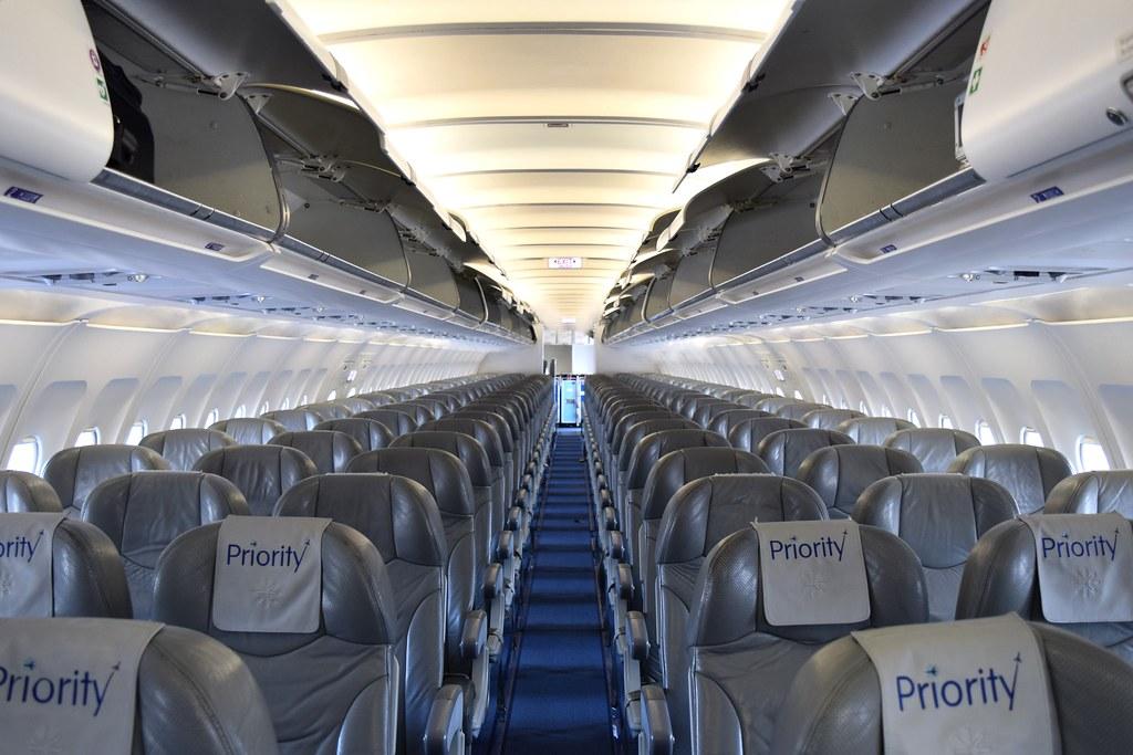 Interjet Airbus A320-214 XA-VFI Interior   Juan Carlos Alvarez   Flickr