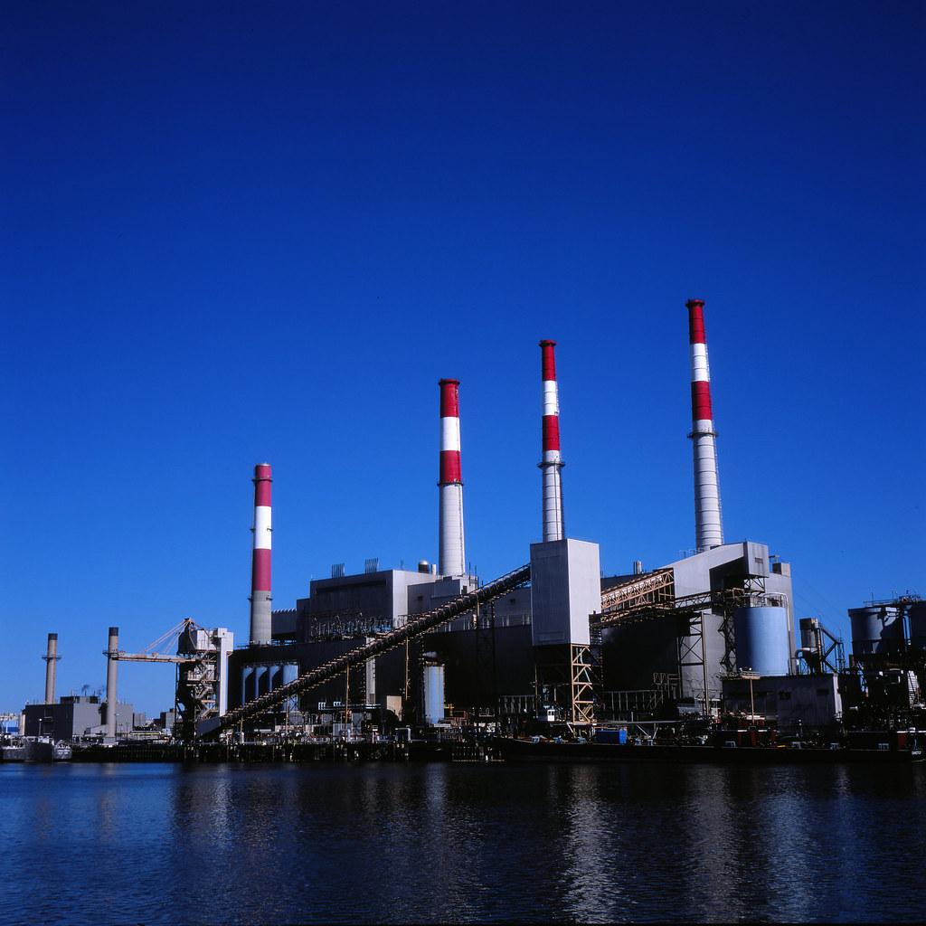 美國東部的大艾利斯(Big Allis)電廠。圖片來源:Colin Poellot(CC BY-SA 2.0)
