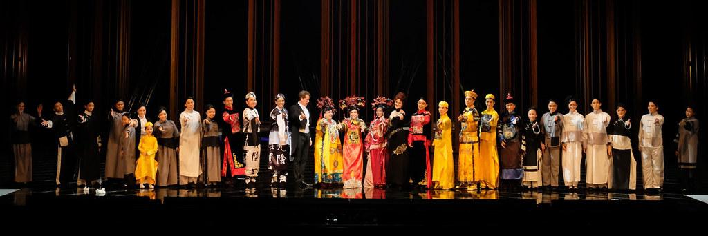 Curtain Call | Photo Credit: Singapore Repertory Theatre