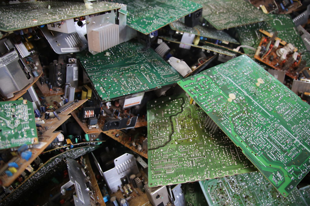 African Waste Management Experts Visit Rwanda E-Waste Recy… | Flickr