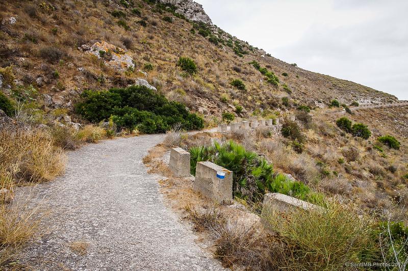 Antiguo camino del faro de la Mesa Roldán
