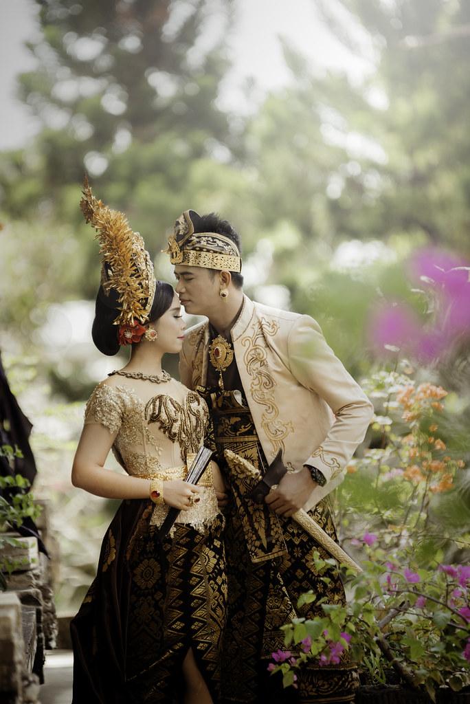 Foto prewedding outdoor Jakarta Bali murah paket rias make up hairdo gaun bridal