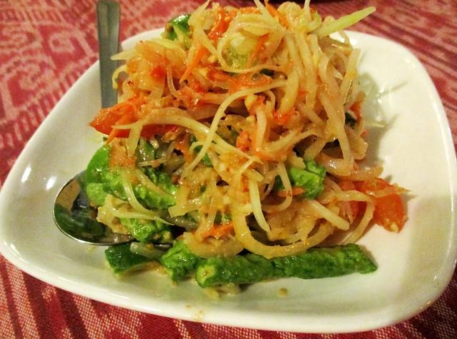 Payung's papaya salad