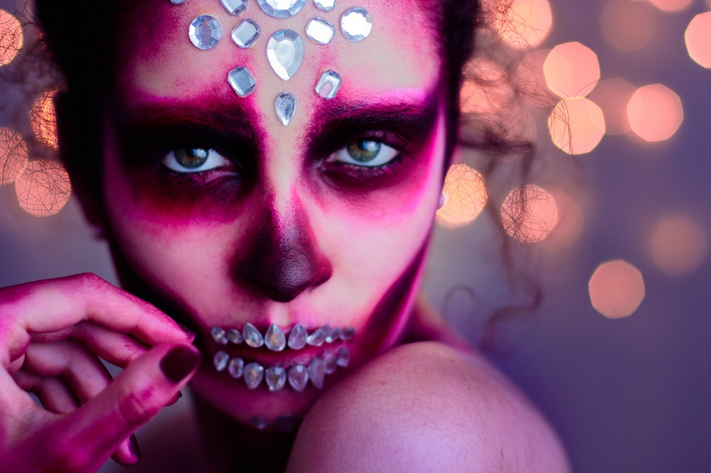 Pauuulette Halloween Makeup Grunge & Glam Skull