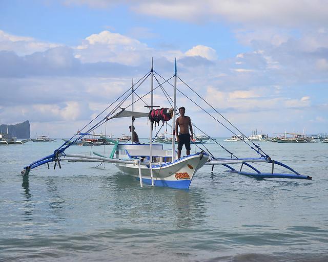 Nuestra bangka en el puerto de El Nido después de hacer una travesía