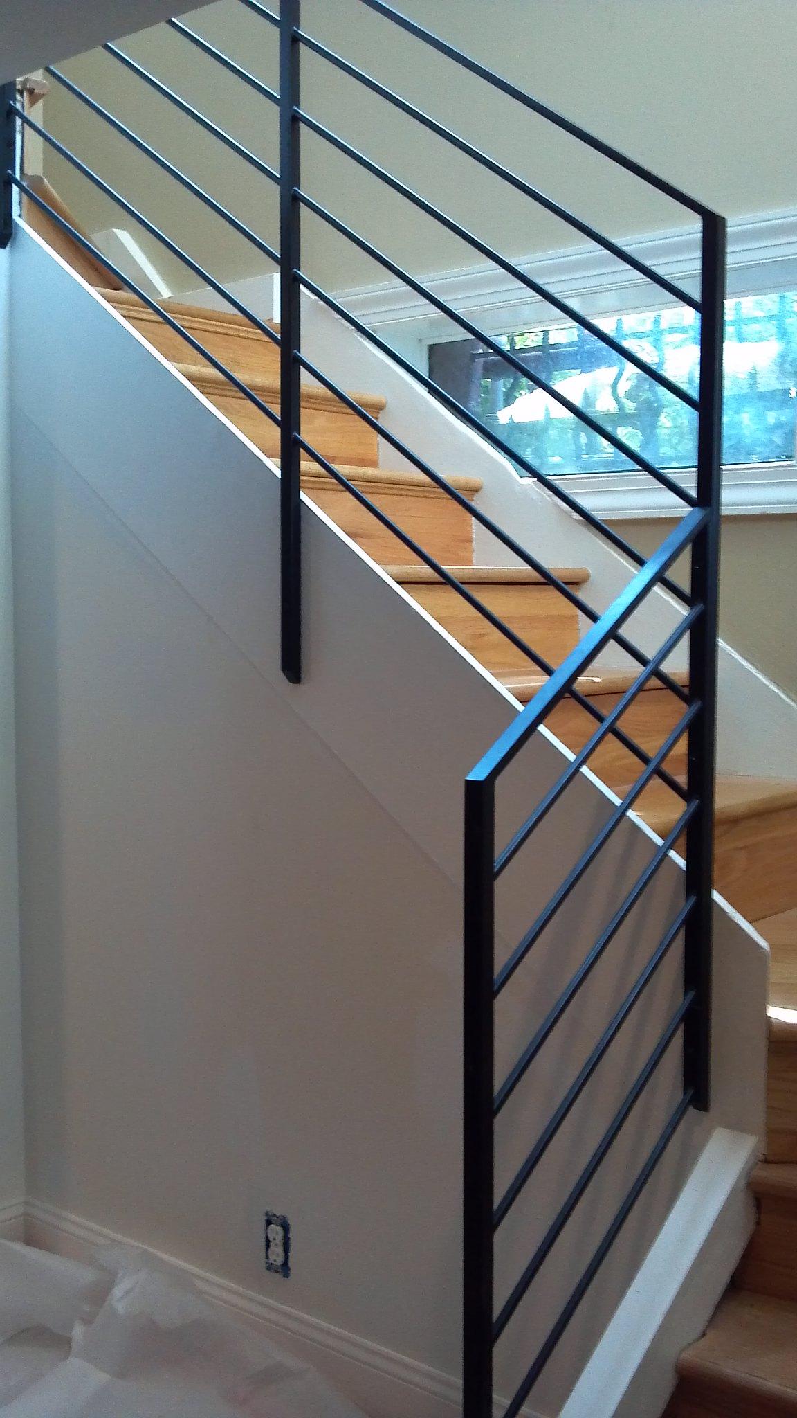 Xưởng làm mẫu tay vịn cầu thang sắt 1308 đẹp và giá rẻ tại TpHCM