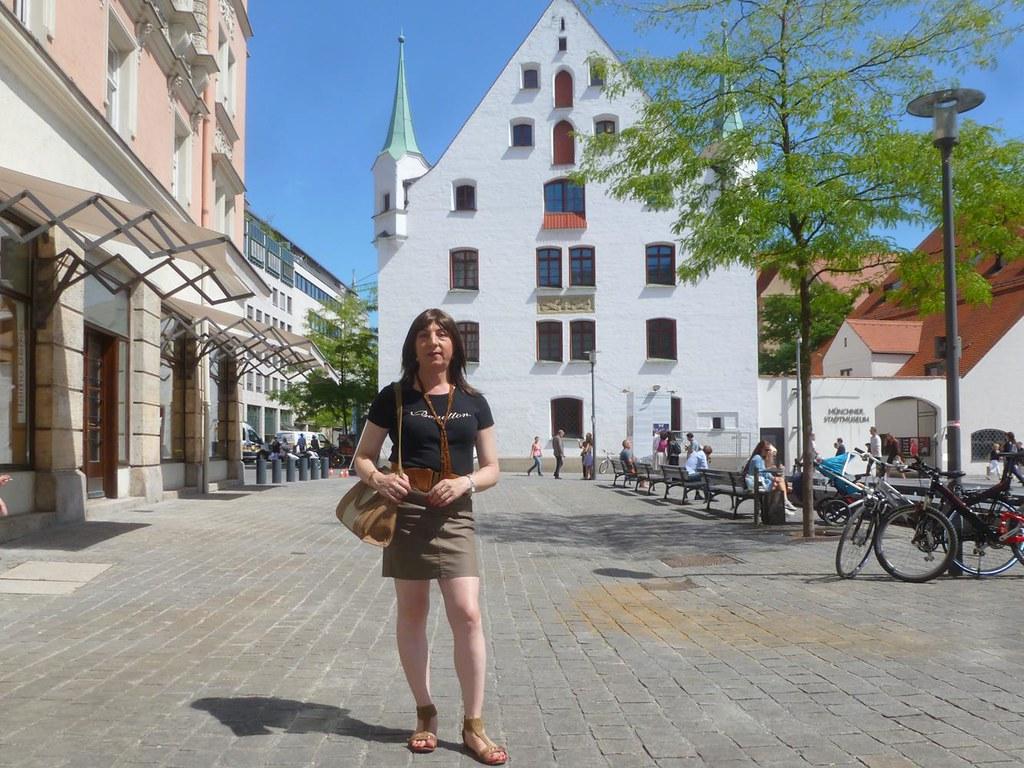 St Platz München münchen sankt jakobs platz alessia cross flickr