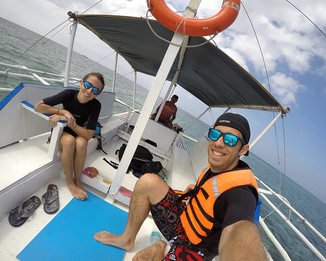 En barco para hacer snorkel en Balicasag, junto a la isla de Bohol