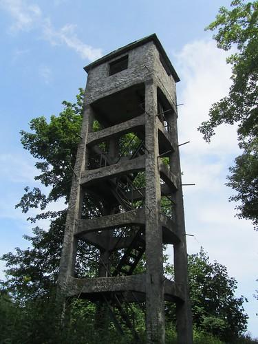 Torre de observación en la costa