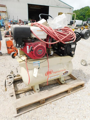 Ingersoll Rand portable air compressor | by thornhill3