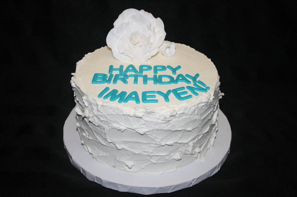 White Rose Rustic Birthday Cake Aliciascupcakesandcakesb Flickr