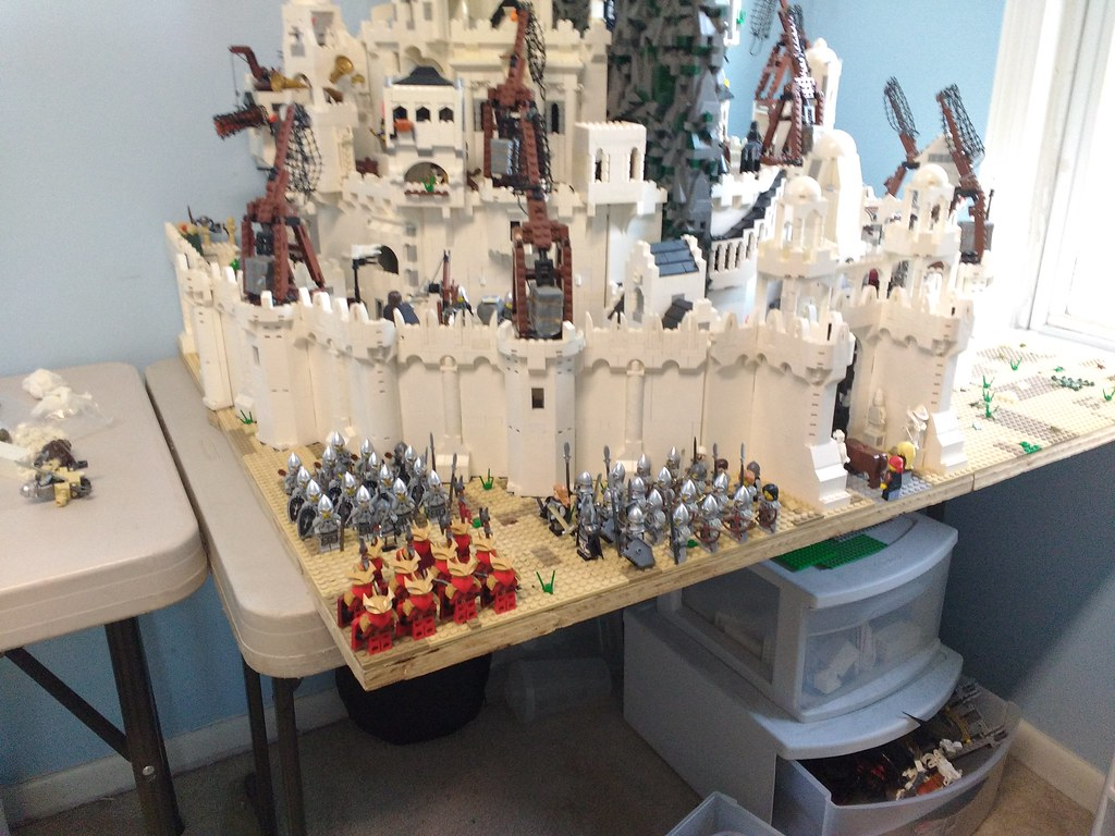 Gondor Surrounds Easterlings At Minas Tirith Menachem770 Flickr