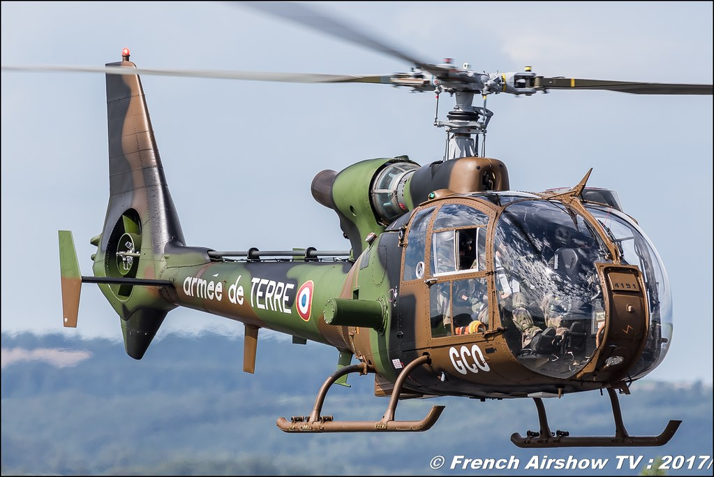 Gazelle, ALAT, Sud-Aviation , Hélicoptère de reconnaissance ,JPO Aurillac 2017 , Meeting Aerien Aeroclub du cantal 2017