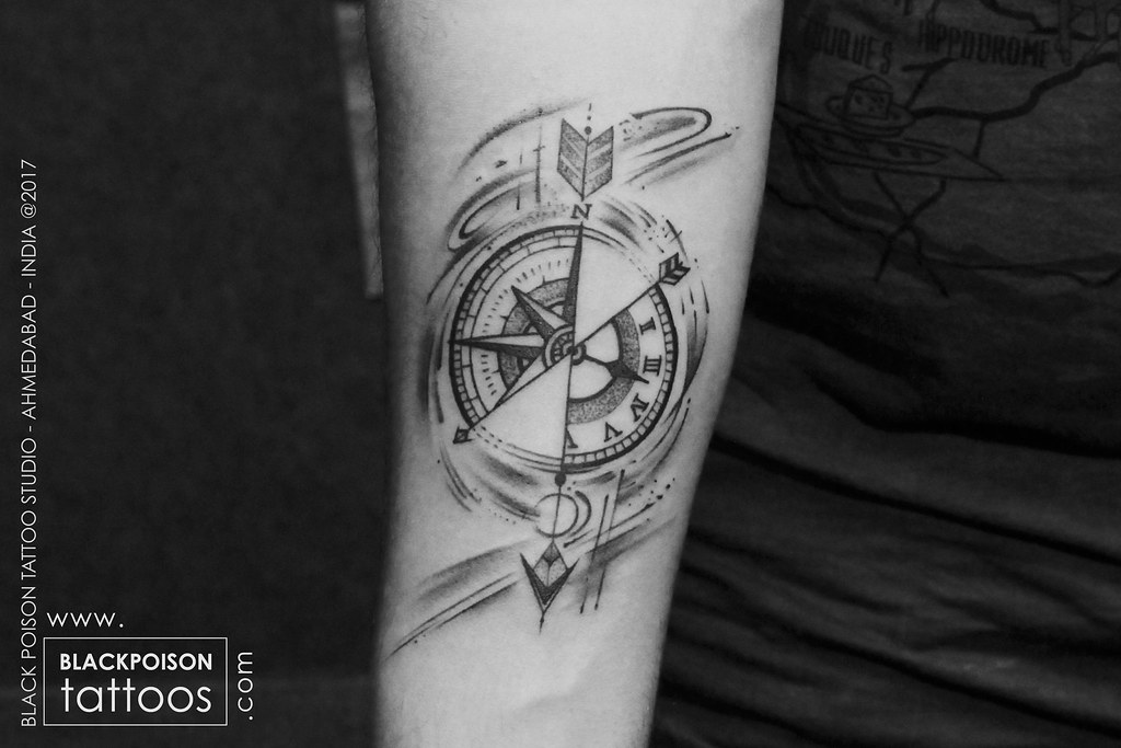 Compass With Arrow Tattoo Compass Tattoos Have Also Repres Flickr