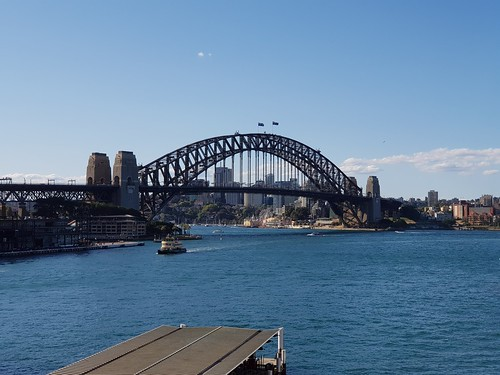 Sydney Harbour Bridge 2x zoom - Samsung Galaxy Note 8 photo example | by neeravbhatt