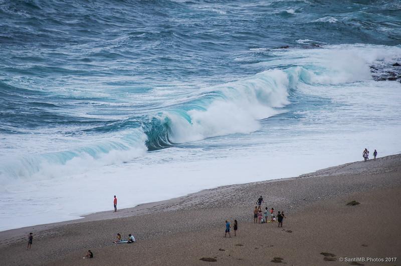 Intenso oleaje en la Playa de los Muertos