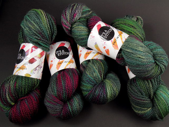 Awesome Aran – Hand Dyed British Pure Superwash Wool Yarn 6 x 100g Sweater Pack – 'Space Race'