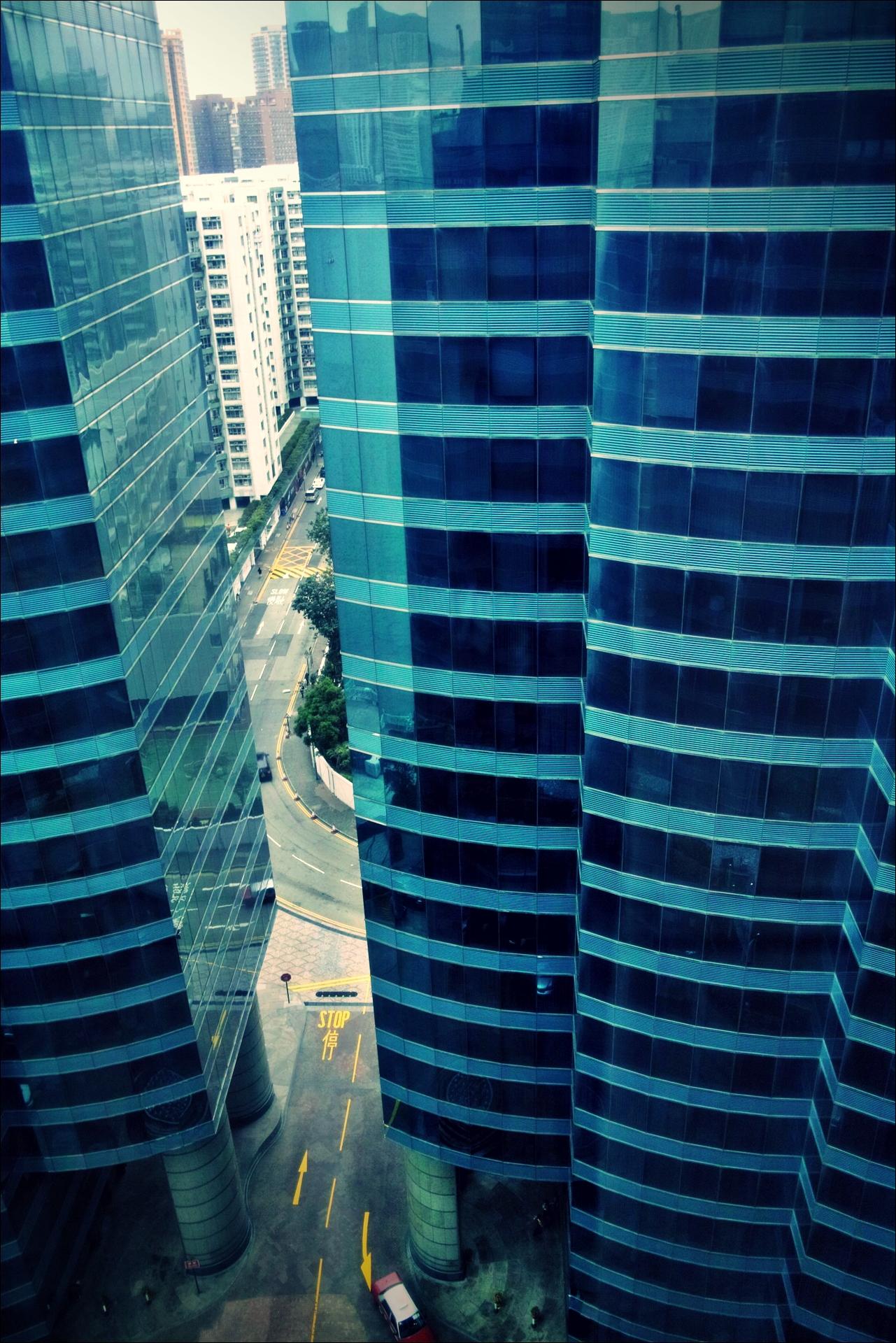 창 밖-'하버 그랜드 구룡 호텔, 홍콩 (Harbour Grand Kowloon, Hongkong)'