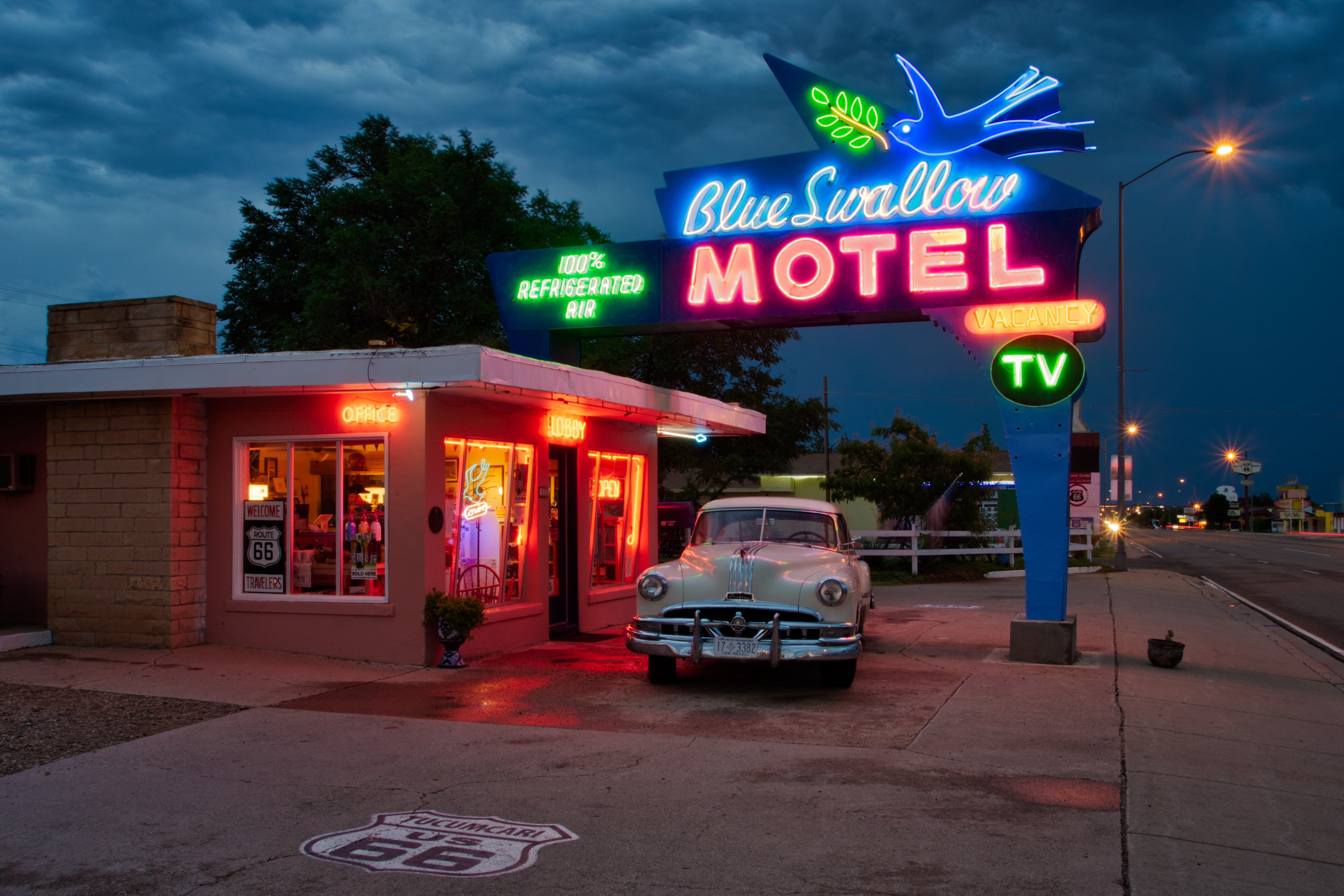 Blue Swallow Motel - 815 East Route 66 Boulevard, Tucumcari, New Mexico U.S.A. - August 20, 2017