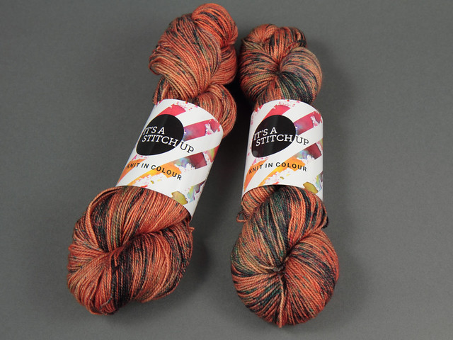 Favourite Sock – hand-dyed superwash merino 4 ply yarn 'Tarnished Copper'