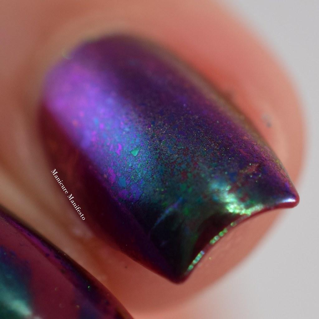 Chameleon nail art flakes