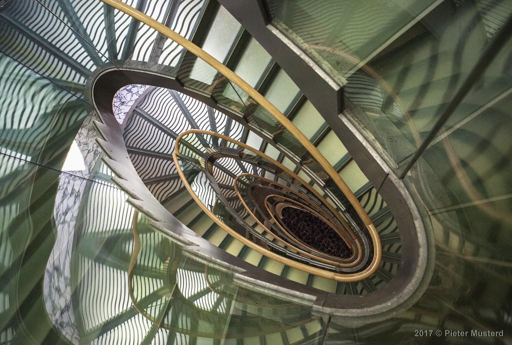 De Mooiste Trappenhuizen : Beste afbeeldingen van de mooiste trappen modern staircase