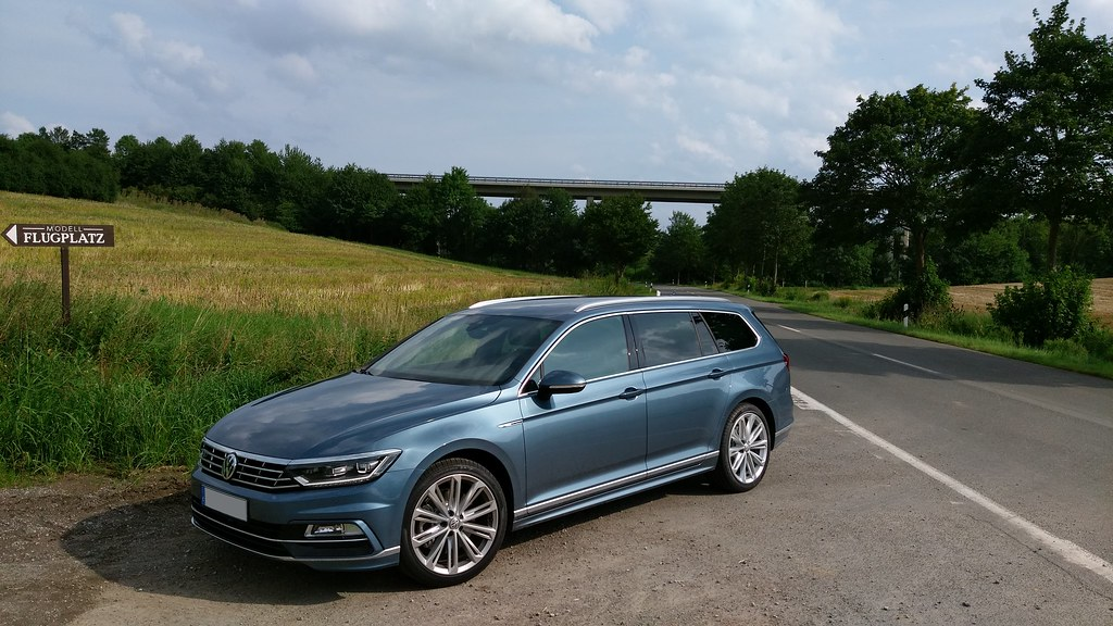 volkswagen passat variant b8 harvard blau r line verona. Black Bedroom Furniture Sets. Home Design Ideas