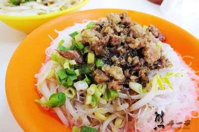 [三峽50年老店小吃] 福仔飲食店|滷肉飯生啤酒豬腸