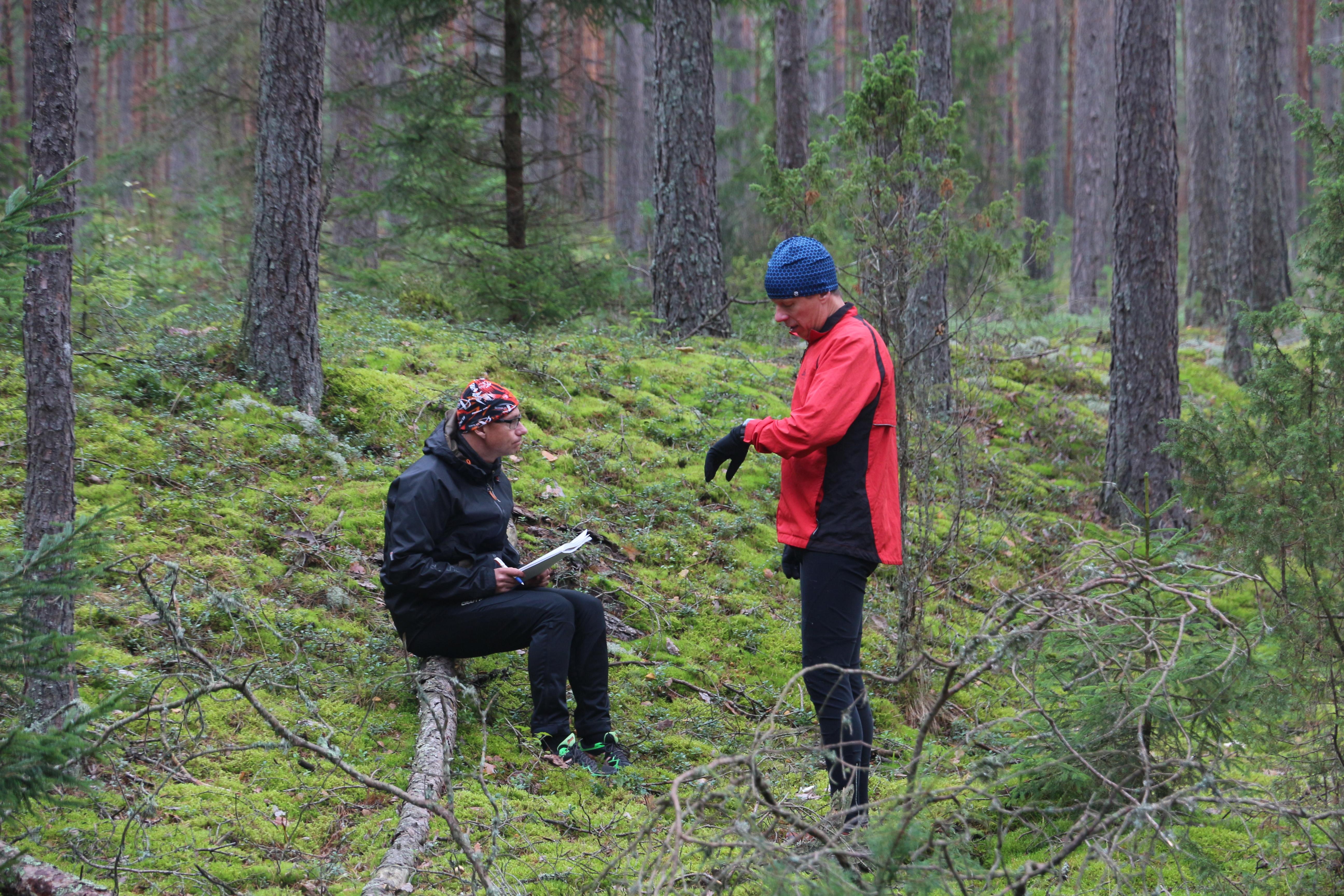 Kalle Kuusik ja Andres Viira  ootavad stardiaega. Foto: David Williams