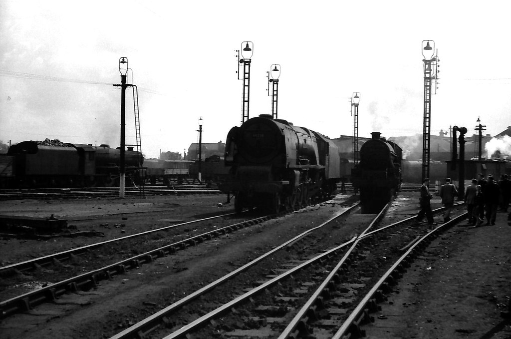 Crewe North Mpd July August 1958 A Busy Shed Yard On A