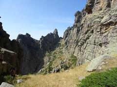 Dans la traversée sous Punta Alta : Bocca di u Chjostru (Collet des Belges) derrière nous