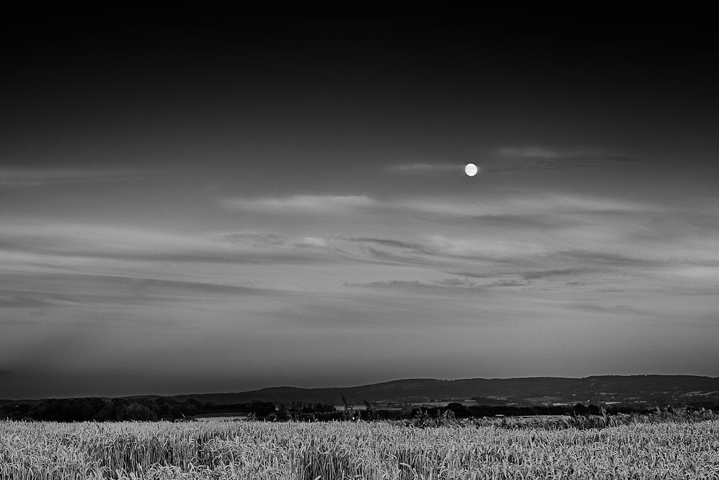 Moonrise Over Somerset Apologies To Ansel Adams Flickr