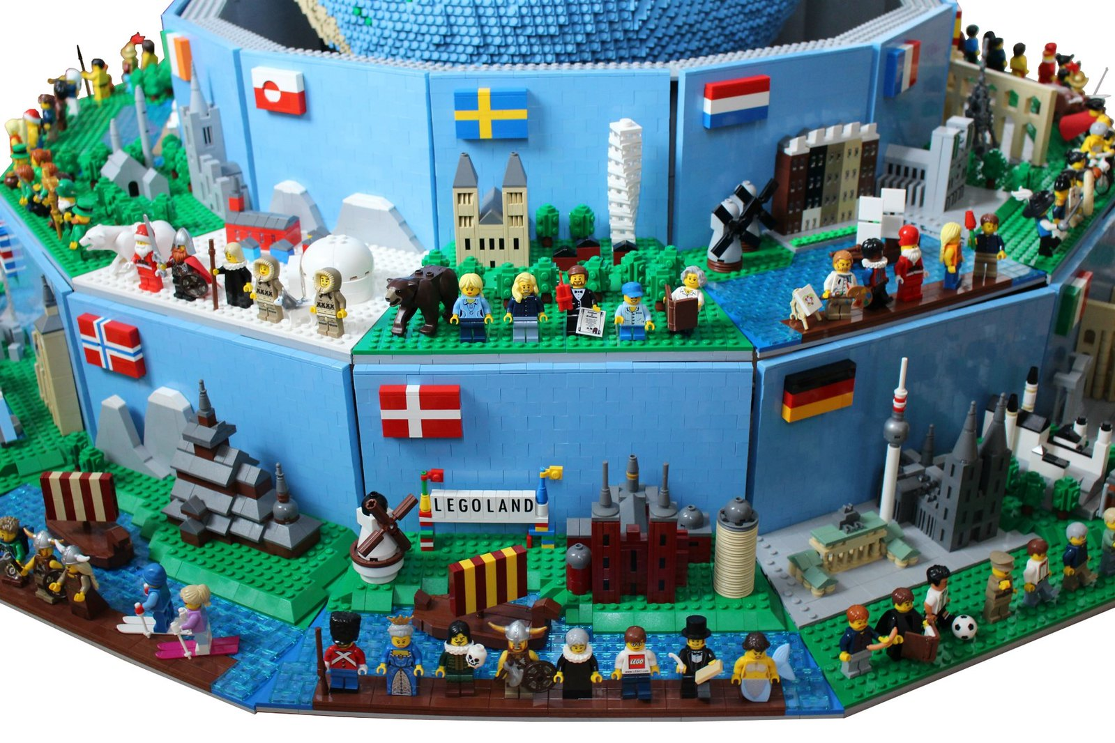 Around the World in 26 LEGO scenes   The Brothers Brick ...