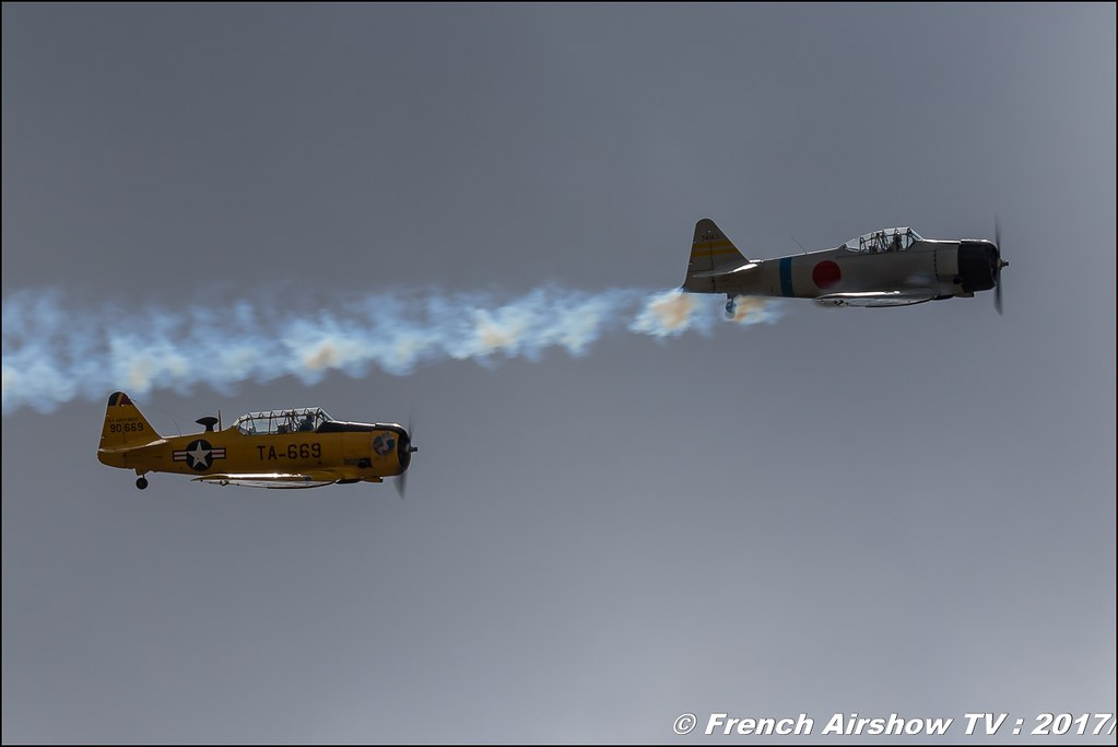 North American T-6G Texan - F-AZBL , North American AT-6B Texan/Zero F-AZRO , aero retro , Meeting aérien contre le cancer , Free Flight World Masters Rodez-Aveyron , FFWM2017 , Meeting Aerien 2017