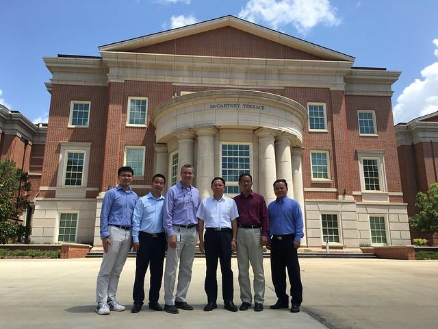 Employees of Sinyue visit Auburn University's Samuel Ginn College of Engineering