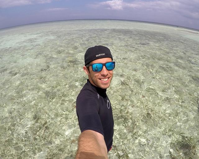 Diario de un Mentiroso en la playa virgen de Bohol junto a Balicasag
