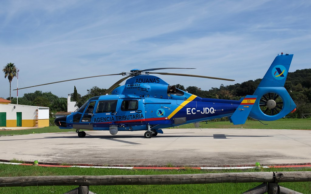 Aduana Agencia Tributaria Eurocopter Dauphin 2 At Los Barrios Heliport